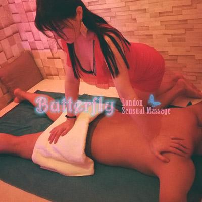 Massaging in Bayswater